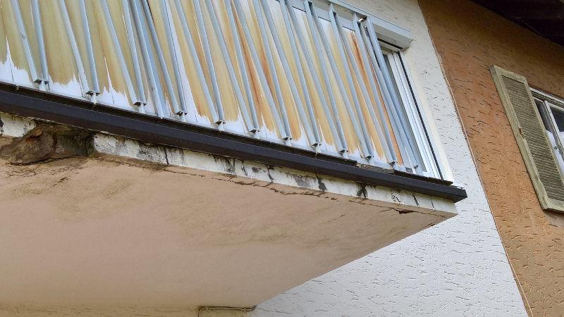 Balkonboden Beton mit Mängeln
