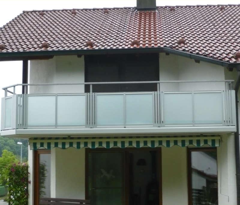 balkon_geissler_aluminium_glas_bestehendes_Geländer_beispiel_04AGbG