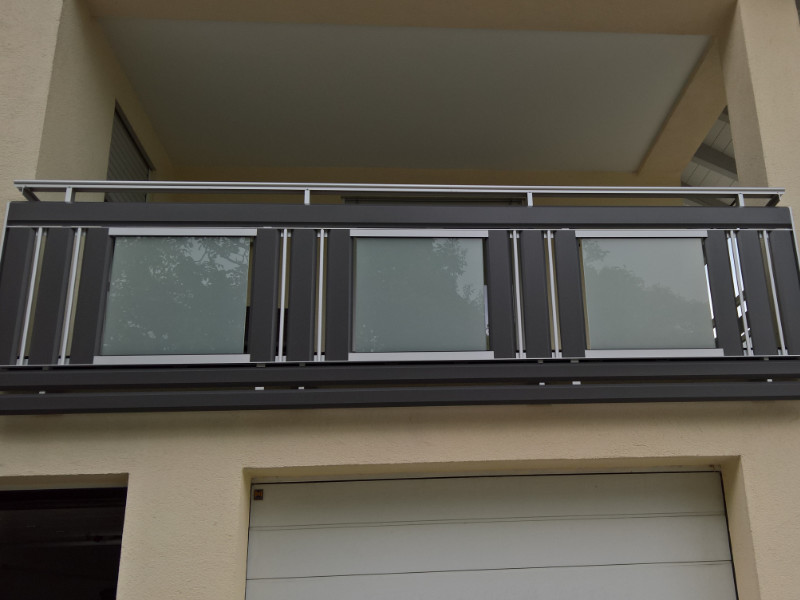balkon_geissler_aluminium_glas_dekor_beispiel_02AGD