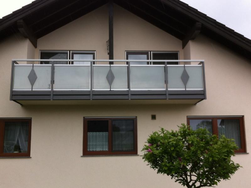balkon_geissler_aluminium_glas_dekor_beispiel_10AGD
