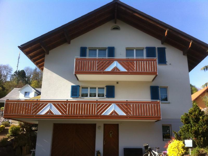 balkon_geissler_aluminium_holzdekor_dekor_beispiel_02AHde