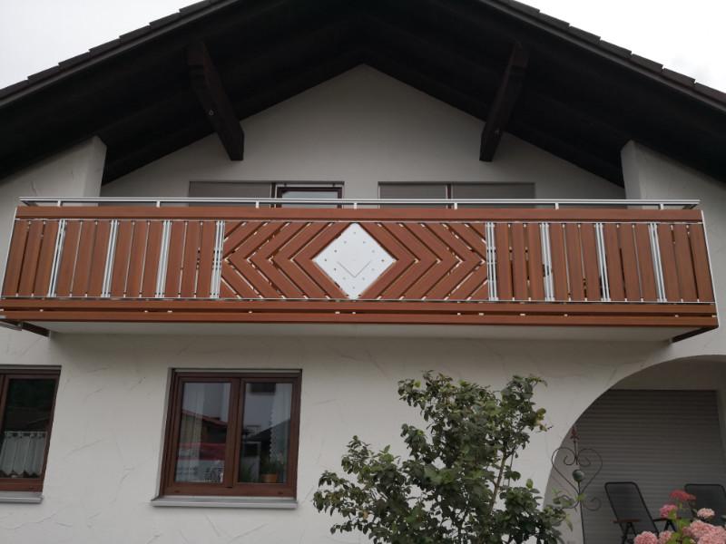 balkon_geissler_aluminium_holzdekor_dekor_beispiel_08AHde