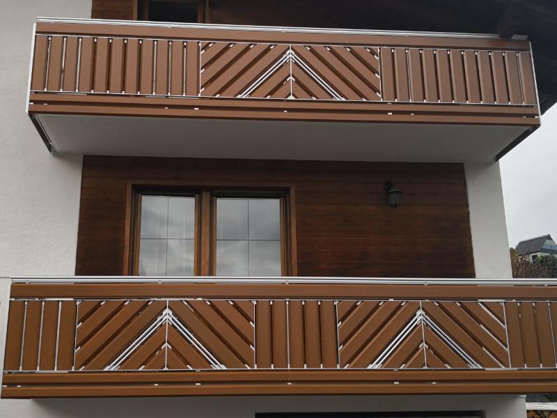 balkon_geissler_aluminium_holzdekor_diagonal_beispiel_07AHdi