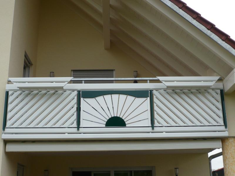 balkon_geissler_aluminium_pulverbeschichtet_dekor_beispiel_01APde