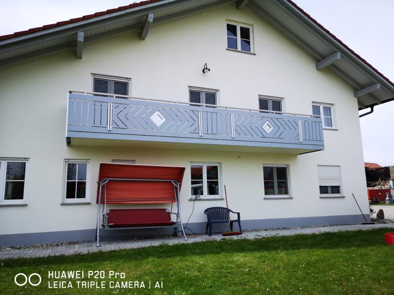 balkon_geissler_aluminium_pulverbeschichtet_dekor_beispiel_11APde