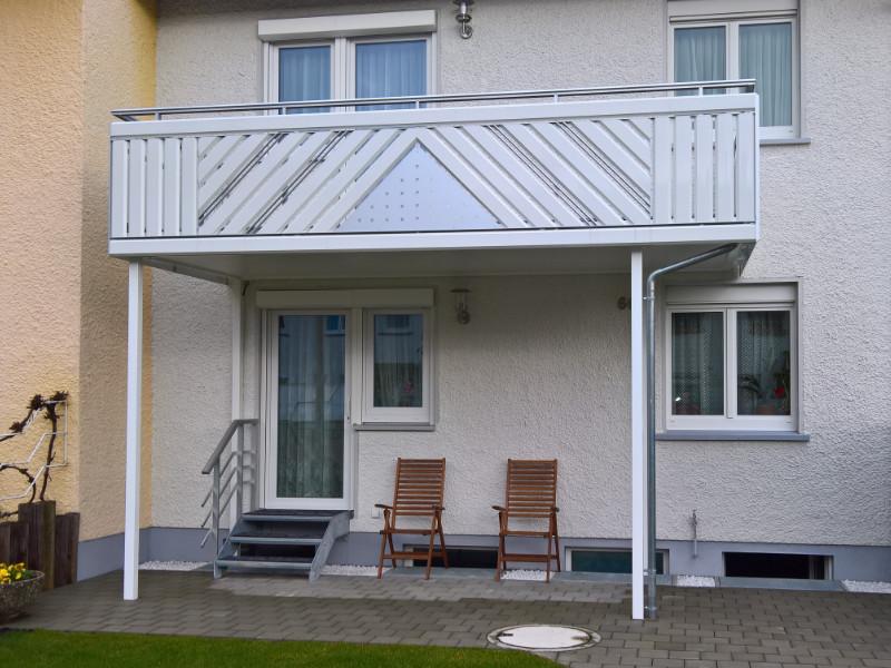 balkon_geissler_aluminium_pulverbeschichtet_diagonal_beispiel_06APdi