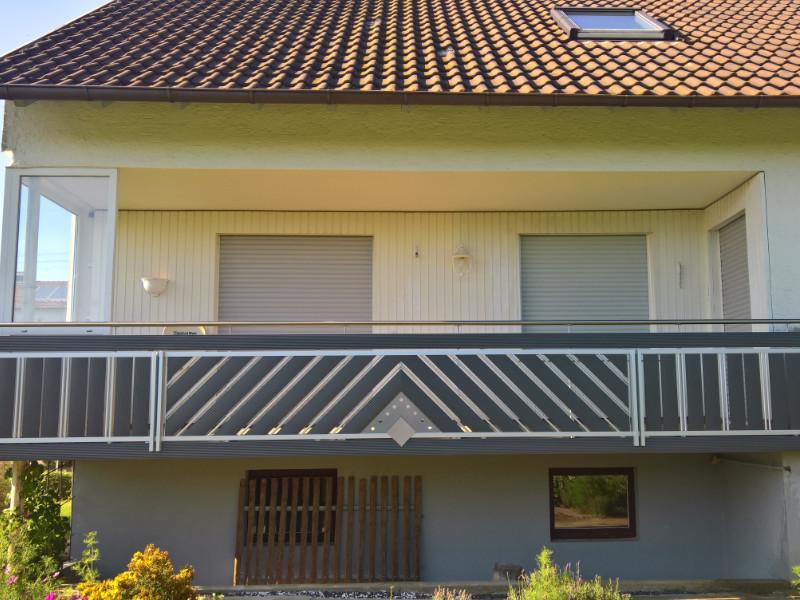 balkon_geissler_aluminium_pulverbeschichtet_diagonal_beispiel_09APdi