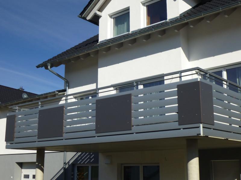 balkon_geissler_aluminium_pulverbeschichtet_quer_beispiel_19APq