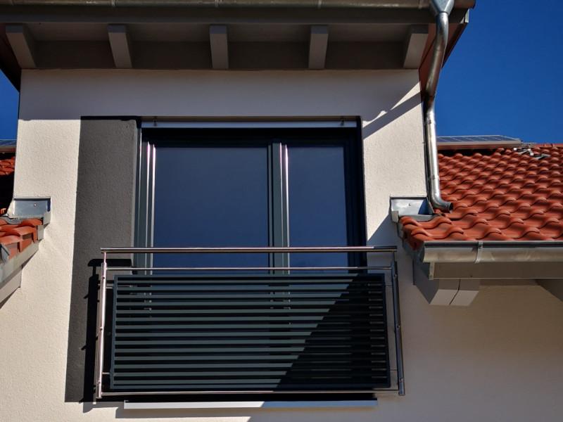 balkon_geissler_edelstahl_franz._balkone_mit_aluminium_beispiel_01fBA