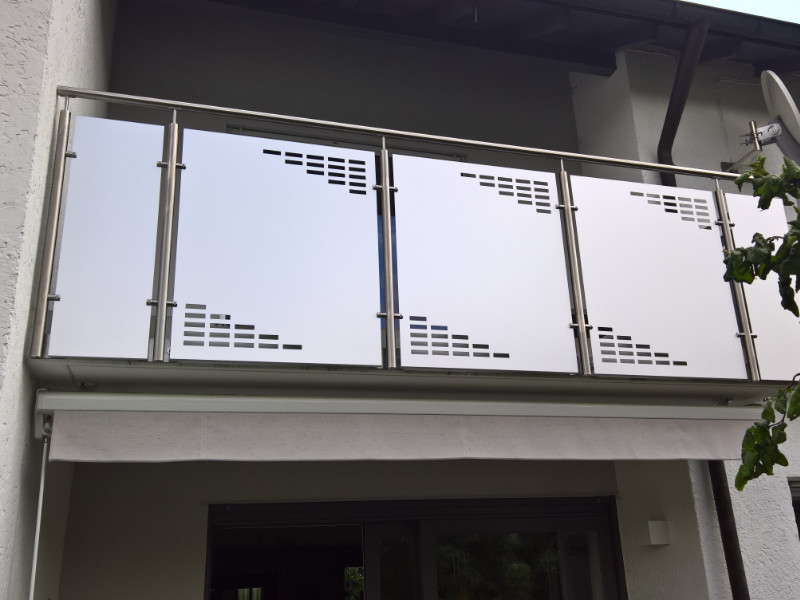 balkon_geissler_edelstahl_mit_blech_beispiel_05EB
