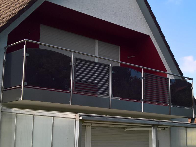 balkon_geissler_edelstahl_mit_glas_aluminium_beispiel_01EGA