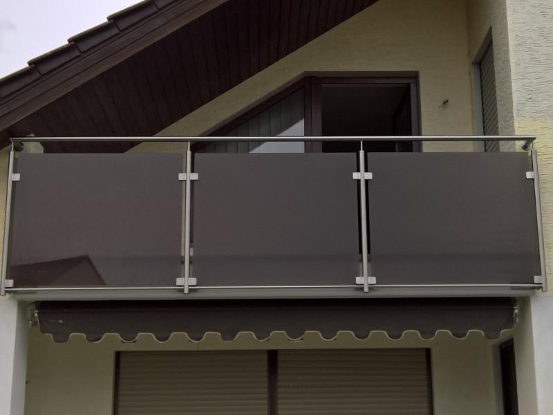 balkon_geissler_edelstahl_mit_glas_colour_beispiel_01EGC