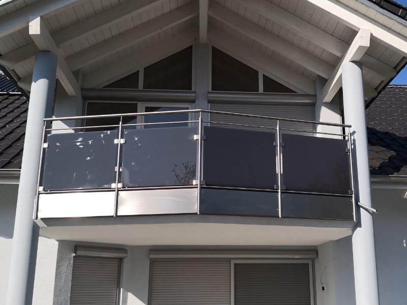 balkon_geissler_edelstahl_mit_glas_colour_beispiel_04EGC