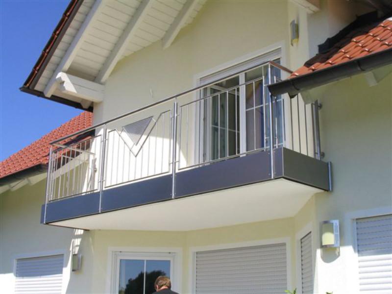 balkon_geissler_edelstahl_stabgeländer_beispiel_04ESs