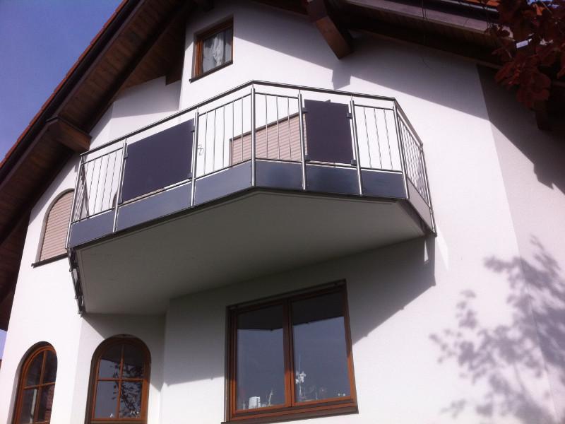 balkon_geissler_edelstahl_stabgeländer_beispiel_07ESs