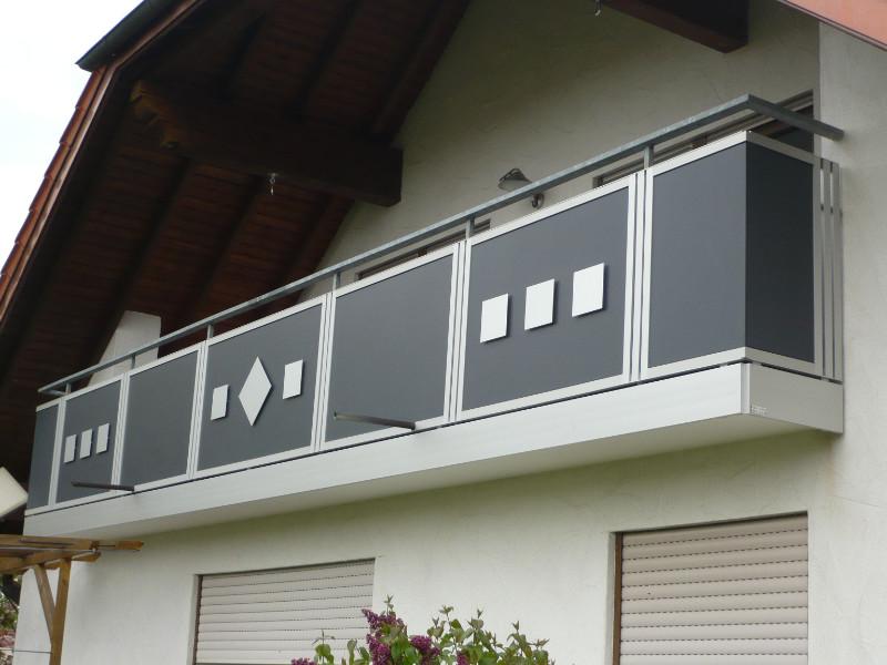 balkon_geissler_nacolanplatten_auf_bestandsgeländer_beispiel_07