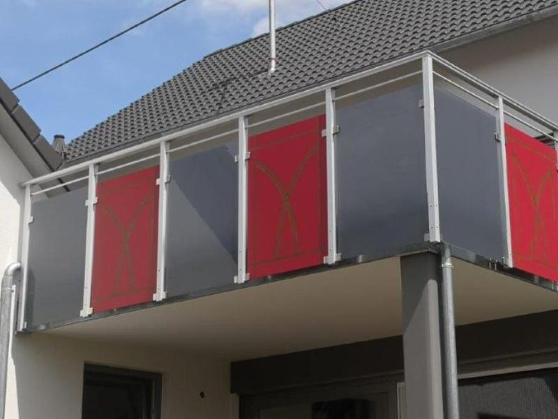 balkon_geissler_nacolanplatten_zwischen_den_pfostem_beispiel_05