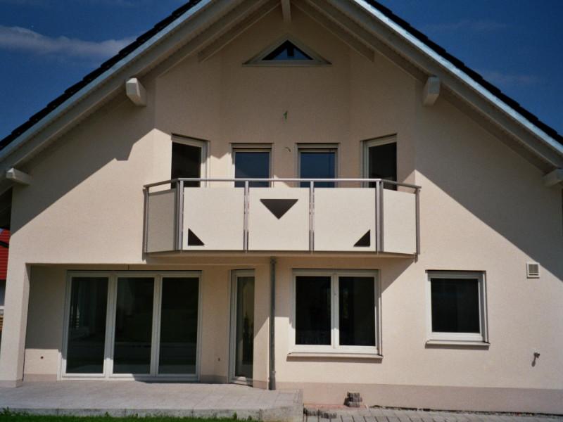 balkon_geissler_nacolanplatten_zwischen_den_pfostem_beispiel_07