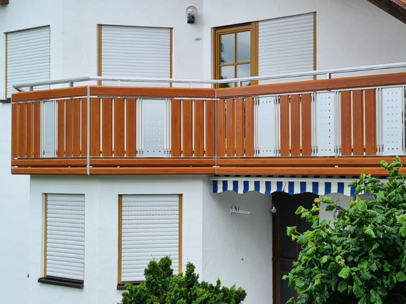 balkon_geissler_aluminium_holzdekor_dekor_beispiel_21AHde