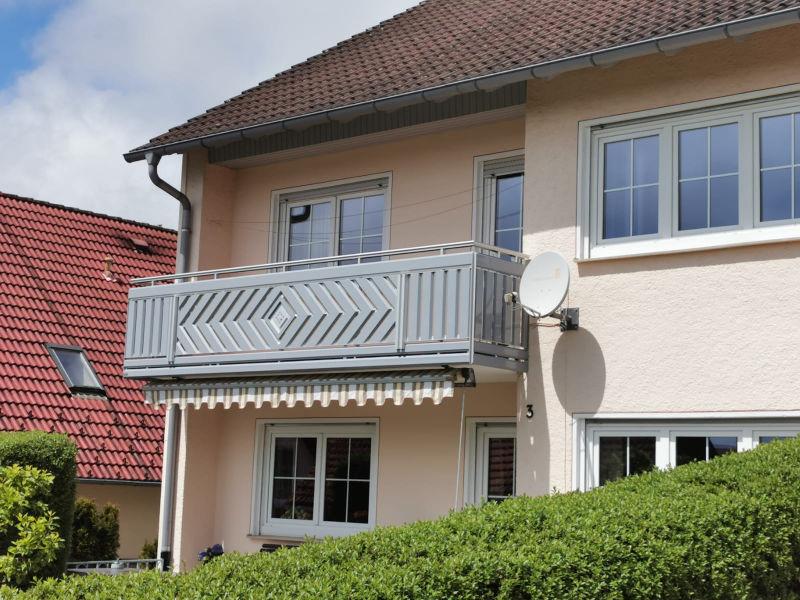 balkon_geissler_aluminium_pulverbeschichtet_dekor_beispiel_19APde