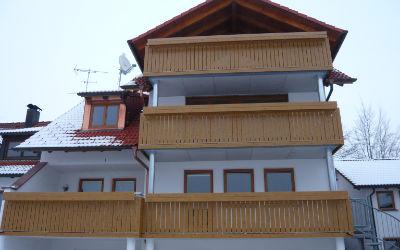 balkon_geissler_balkon_mehrfamilienhuas_kunststoff